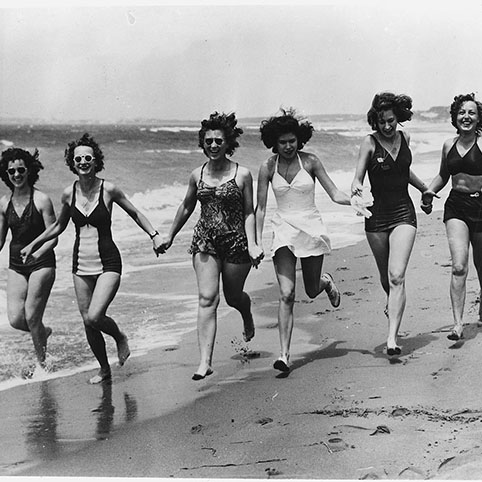 bathing-suits-vintage-small-cropped